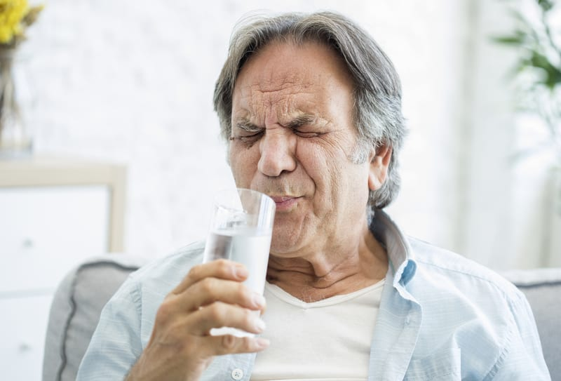 What Does It Mean When Your Tooth Hurts When You Eat or Drink Something Hot or Cold